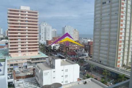 Apartamentos En Península: Smr38127a