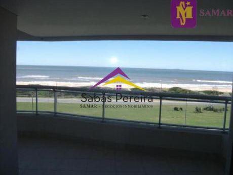Apartamentos En Playa Brava: Smr38254a