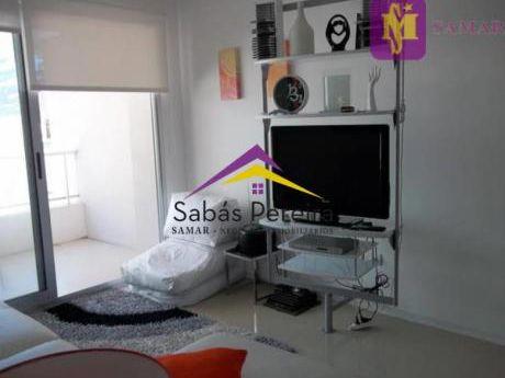 Apartamentos En Playa Mansa: Smr38444a