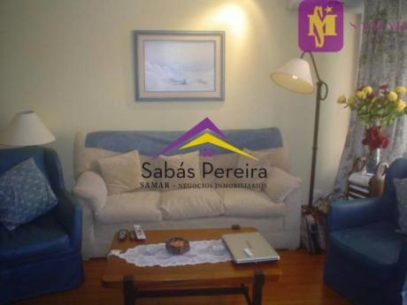Apartamentos En Playa Mansa: Smr38645a