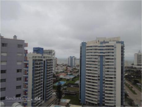 Apartamentos En Playa Brava: Sgp220a