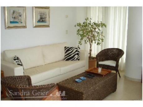 Apartamentos En Playa Brava: Sgp49a