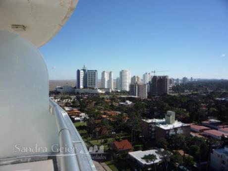 Apartamentos En Playa Brava: Sgp50a