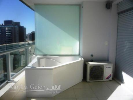 Apartamentos En Playa Mansa: Sgp57a