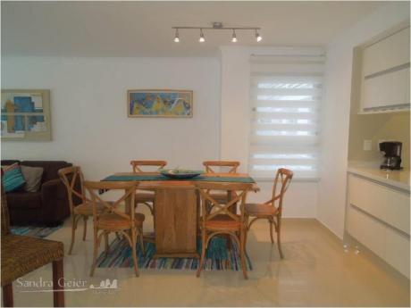 Apartamentos En Playa Mansa: Sgp910a