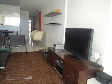 Apartamentos En Playa Mansa: Sgp931a
