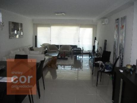 Apartamentos En Playa Brava: Shc256a
