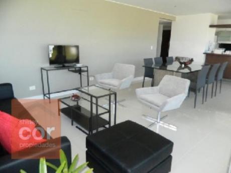 Apartamentos En Playa Brava: Shc313a