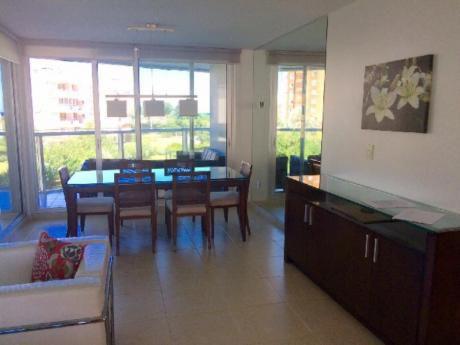 Apartamentos En Playa Mansa: Sni103a