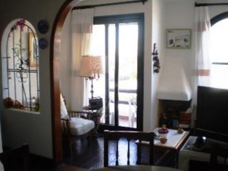 Apartamentos En Playa Mansa: Sni1585a