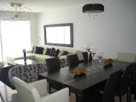 Apartamentos En Playa Mansa: Sni1614a