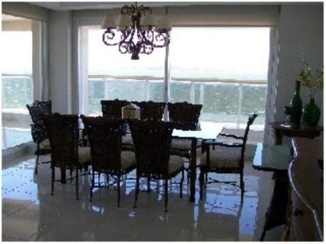 Apartamentos En Playa Mansa: Sni1646a