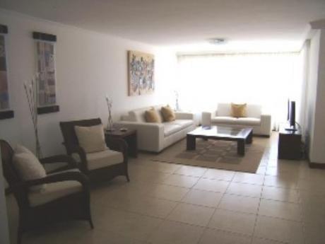 Apartamentos En Playa Brava: Sni465a