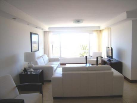 Apartamentos En Playa Brava: Sni492a