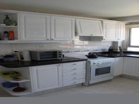 Apartamentos En Aigua : Sni503a