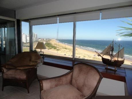 Apartamentos En Playa Brava: Sni683a