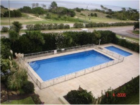 Apartamentos En Playa Mansa: Sya1213a