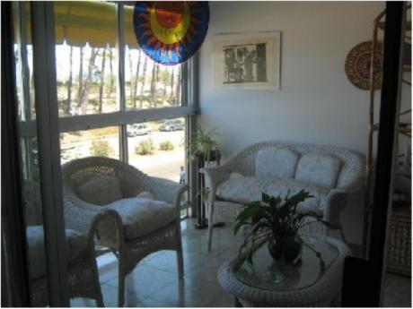 Apartamentos En Playa Mansa: Sya1388a