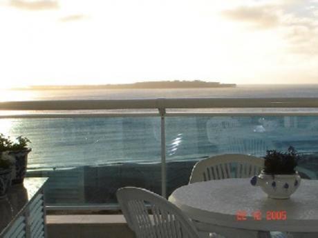 Apartamentos En Playa Mansa: Sya1401a