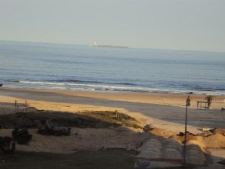 Apartamentos En Playa Brava: Sya1860a