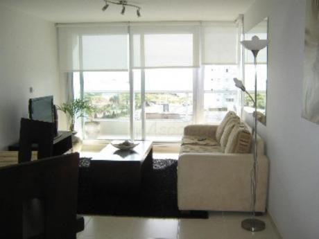 Apartamentos En Playa Mansa: Sya190071a