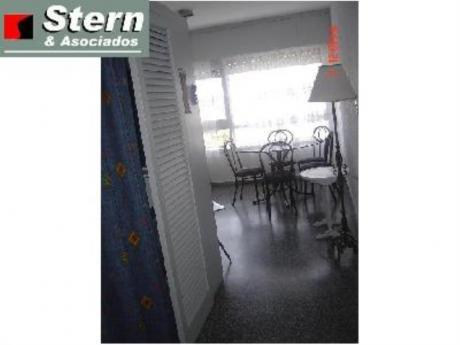 Apartamentos En Playa Mansa: Sya2770a