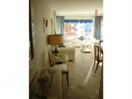 Apartamentos En Playa Mansa: Sya284a