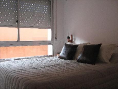 Apartamentos En Playa Mansa: Sya4762a