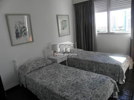 Apartamentos En Playa Brava: Tbp42a