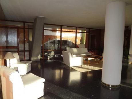 Apartamentos En Playa Brava: Trn1048a