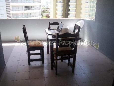 Apartamentos En Punta Del Este: Trn128a