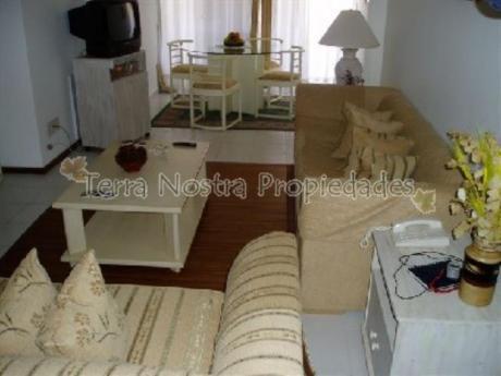 Apartamentos En Punta Del Este: Trn282a