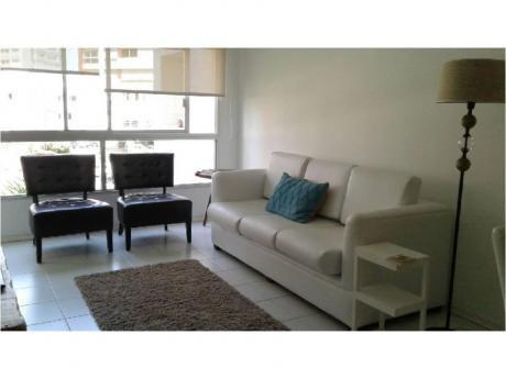 Apartamentos En Playa Mansa: Trn65a
