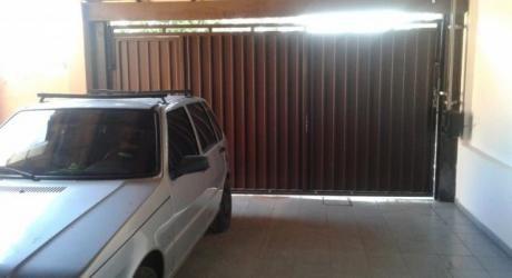 Alquilo Casa De 3 Dormitorios Con Piscina En Lambaré - Valle Apuá