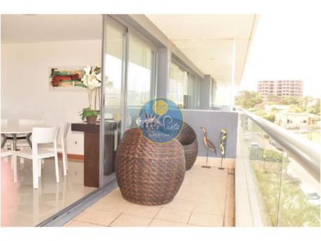 Apartamentos En Playa Brava: Tdp3679a