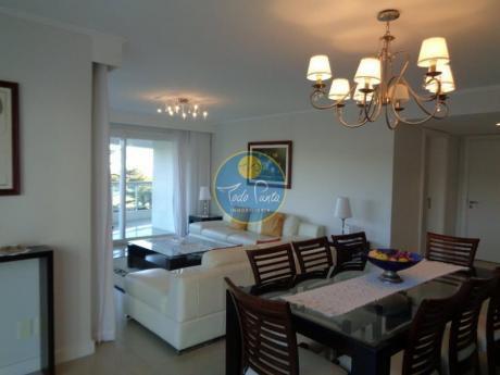 Apartamentos En Playa Mansa: Tdp4079a