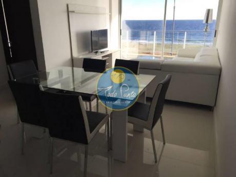 Apartamentos En Playa Mansa: Tdp4124a