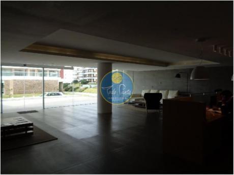 Apartamentos En Playa Brava: Tdp4131a