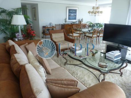 Apartamentos En Playa Mansa: Upp2251a
