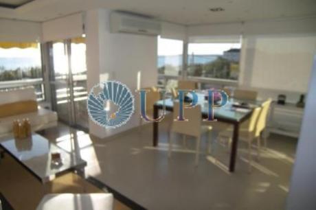 Apartamentos En Playa Mansa: Upp262a