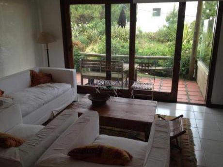 Apartamentos En La Barra: Vaz5118a