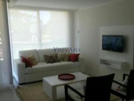 Apartamentos En Playa Brava: Vaz5142a