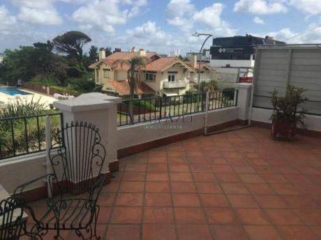 Apartamentos En Península: Vaz5363a