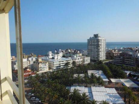 Apartamentos En Península: Vaz5373a