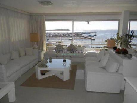 Apartamentos En Península: Vaz5427a