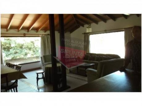 Casa A La Venta En Pinares - Ref: 1055