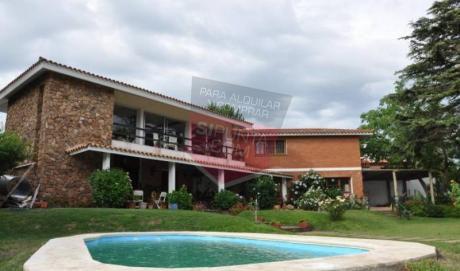 Casa De 6 Dormitorios, Amplia Capacidad - Ref: 706