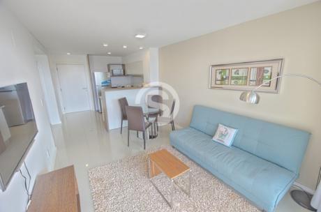 Apartamento En Venta Playa Brava