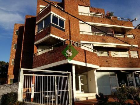 Mansa, A 1 Cuadra Del Mar, 2 Dormitorios, 2 Baños, Buena Inversion.