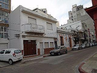 Casa P. H.  Dos Dormitorios Con Garaje. A Una De Av. Brasil
